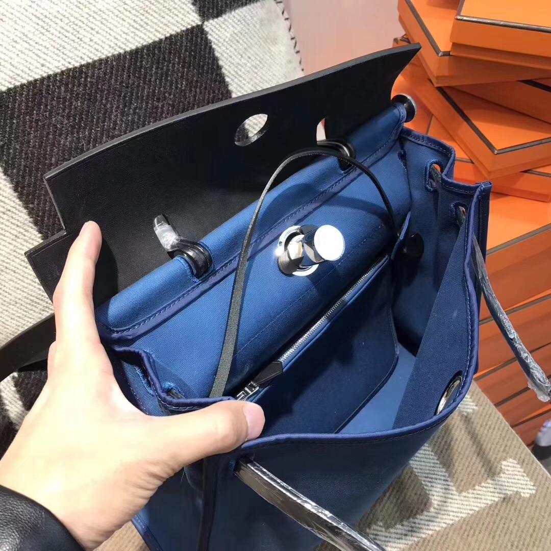 愛馬仕Herbag 31cm牛皮+帆布 瑪瑙藍 最具有學院派的包袋