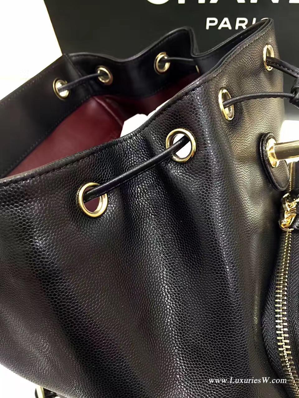 小香女包2017春夏新款 黑色細顆粒超軟小牛皮限量版雙肩背包
