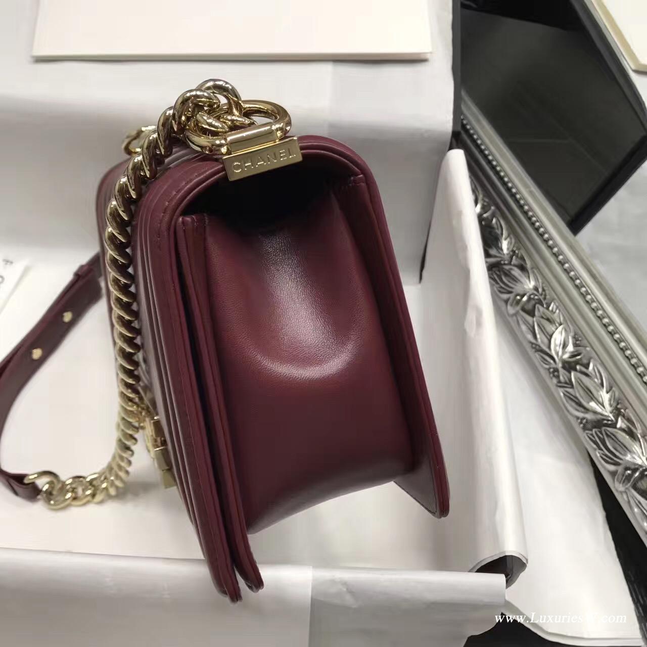 小香 Le boy bag25cm 進口暗紅色胎牛V字型 單肩鏈條包