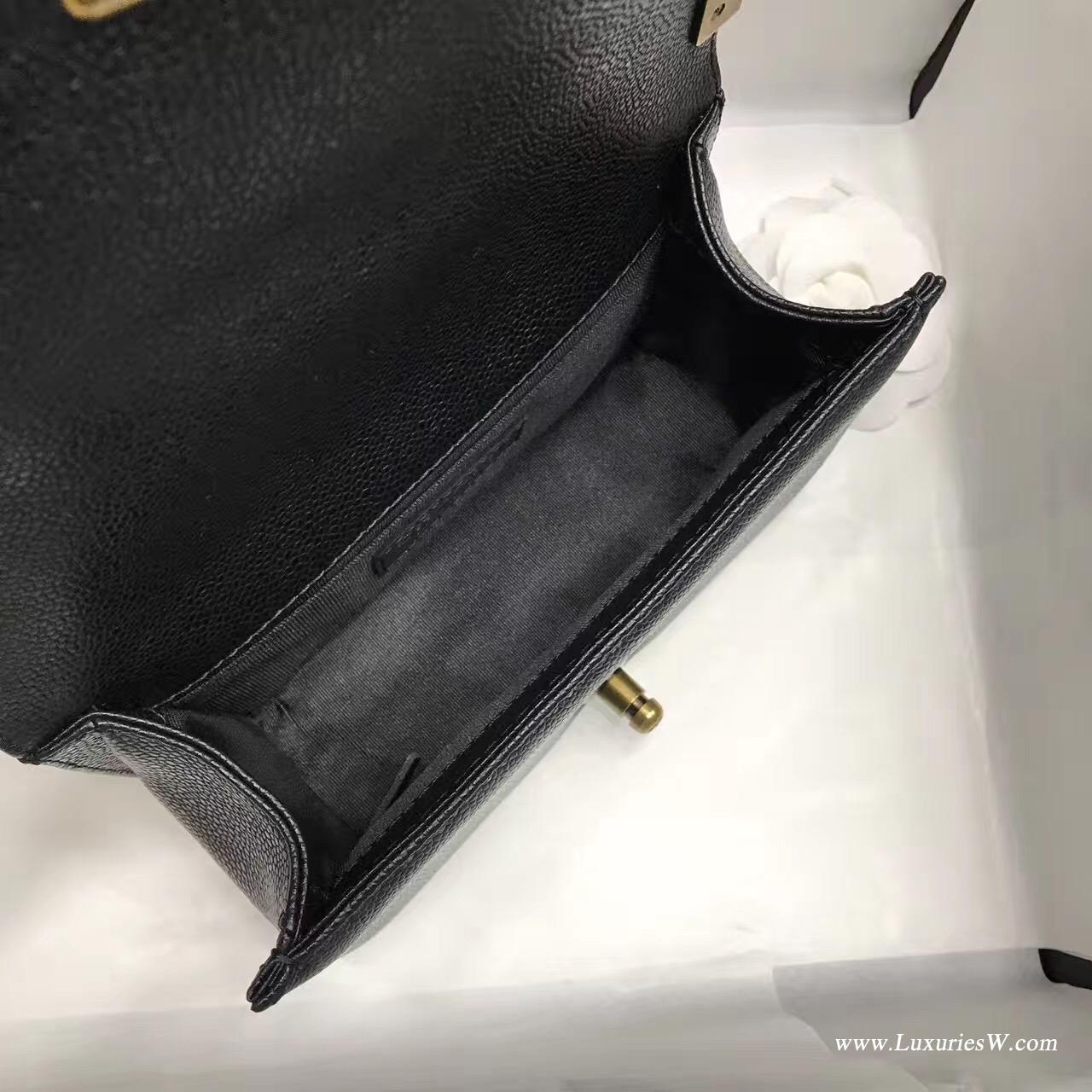 小香小號Leboy bag20CM 口蓋包 黑色魚子醬 顆粒壓花小牛皮與金色