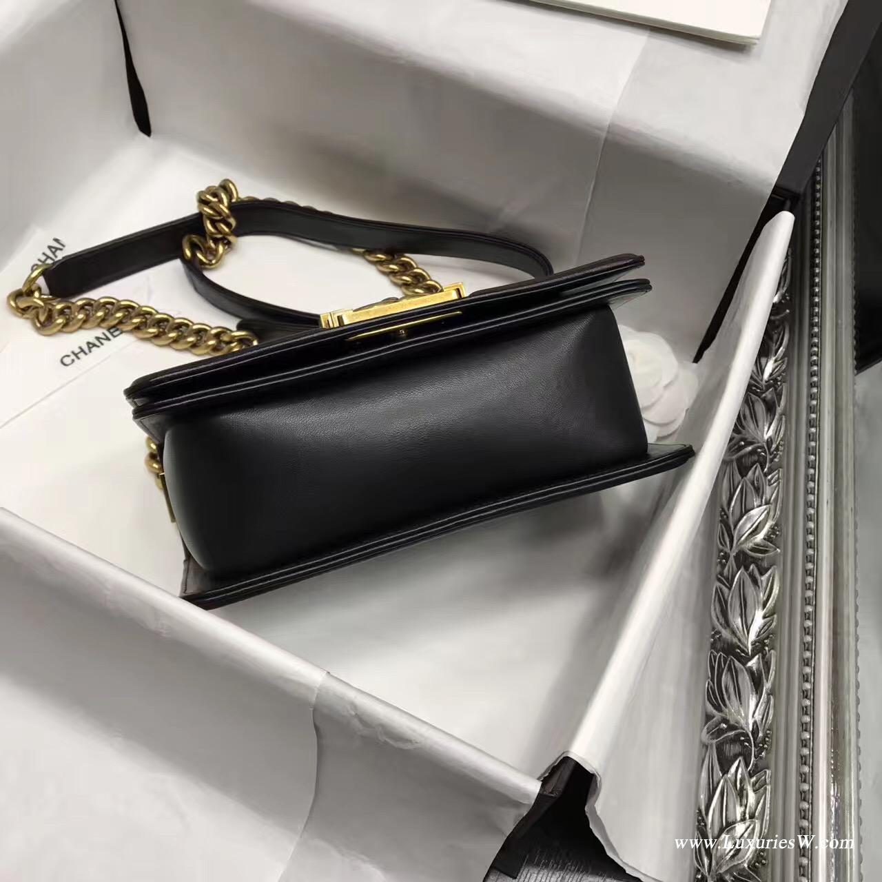 小香Leboy bag小號 20CM口蓋包 黑色 小羊皮金色金屬五金