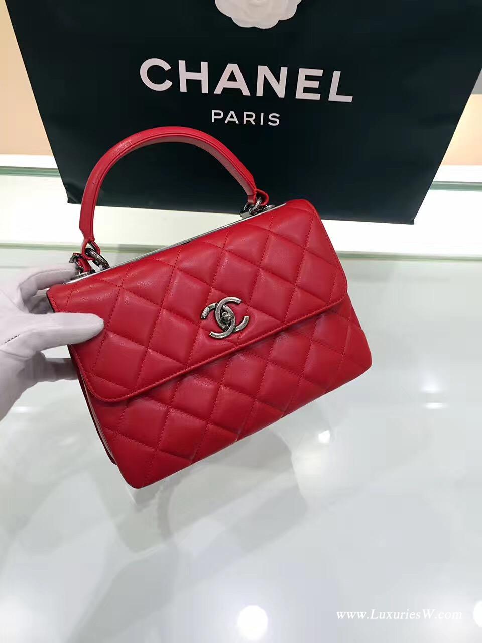 小香 口蓋包 配以手柄 Salzburg Bag 紅色羊皮 古銀色金屬手提包