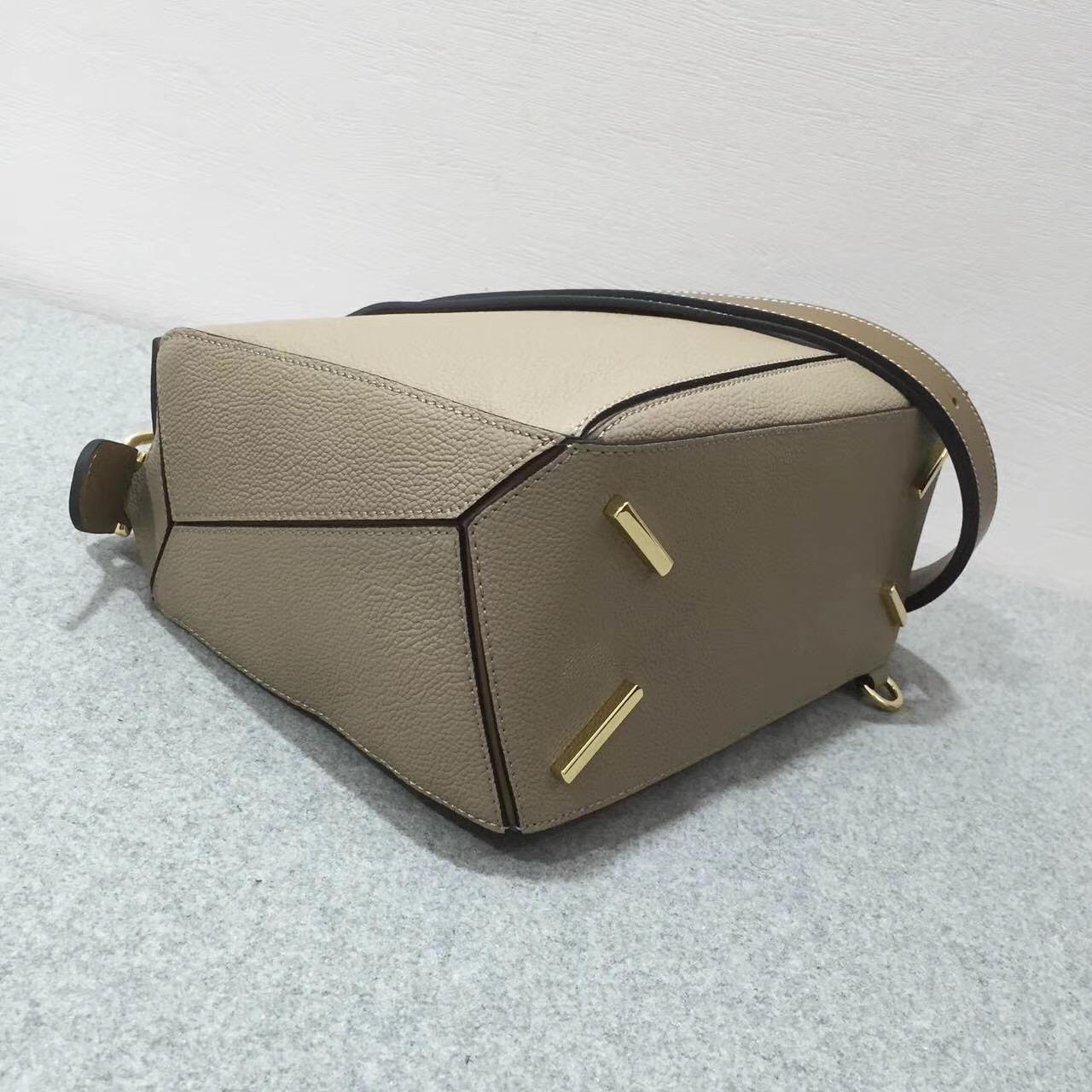 羅意威包包官網 Loewe 中號Puzzle Bag Sand/Mink Colour / Jonathan Anderson