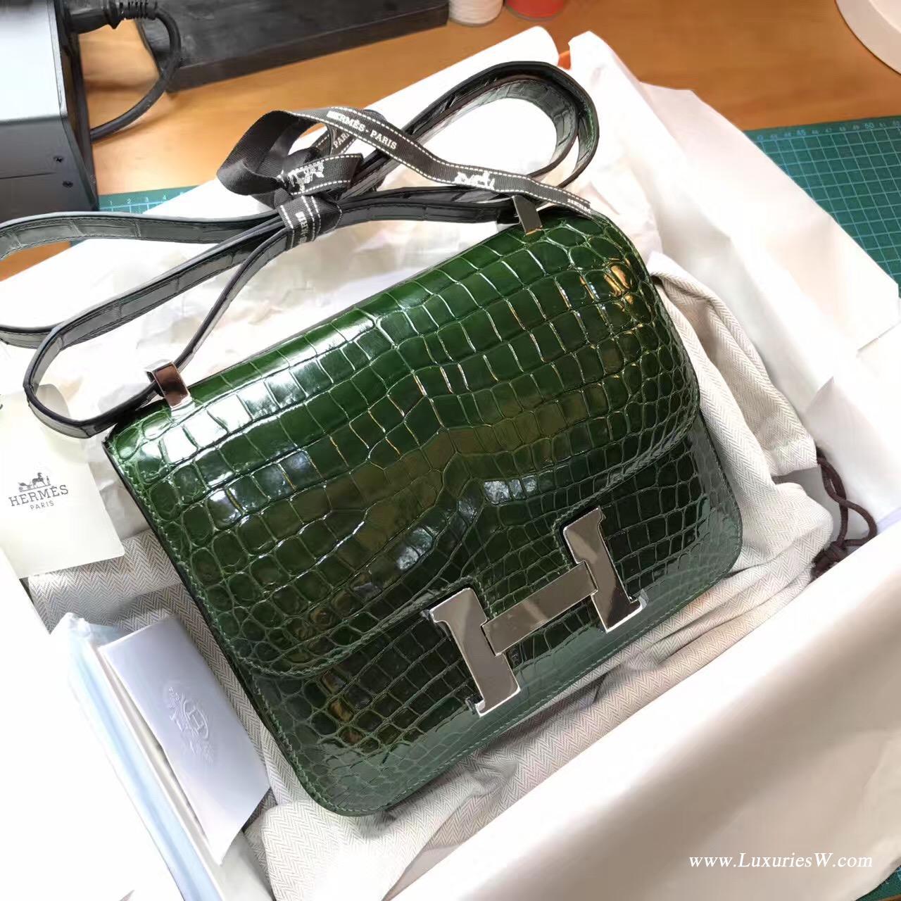 康斯坦斯包 Constance 23 鱷魚光面 CK67 Vert Fonce 祖母綠色 銀扣