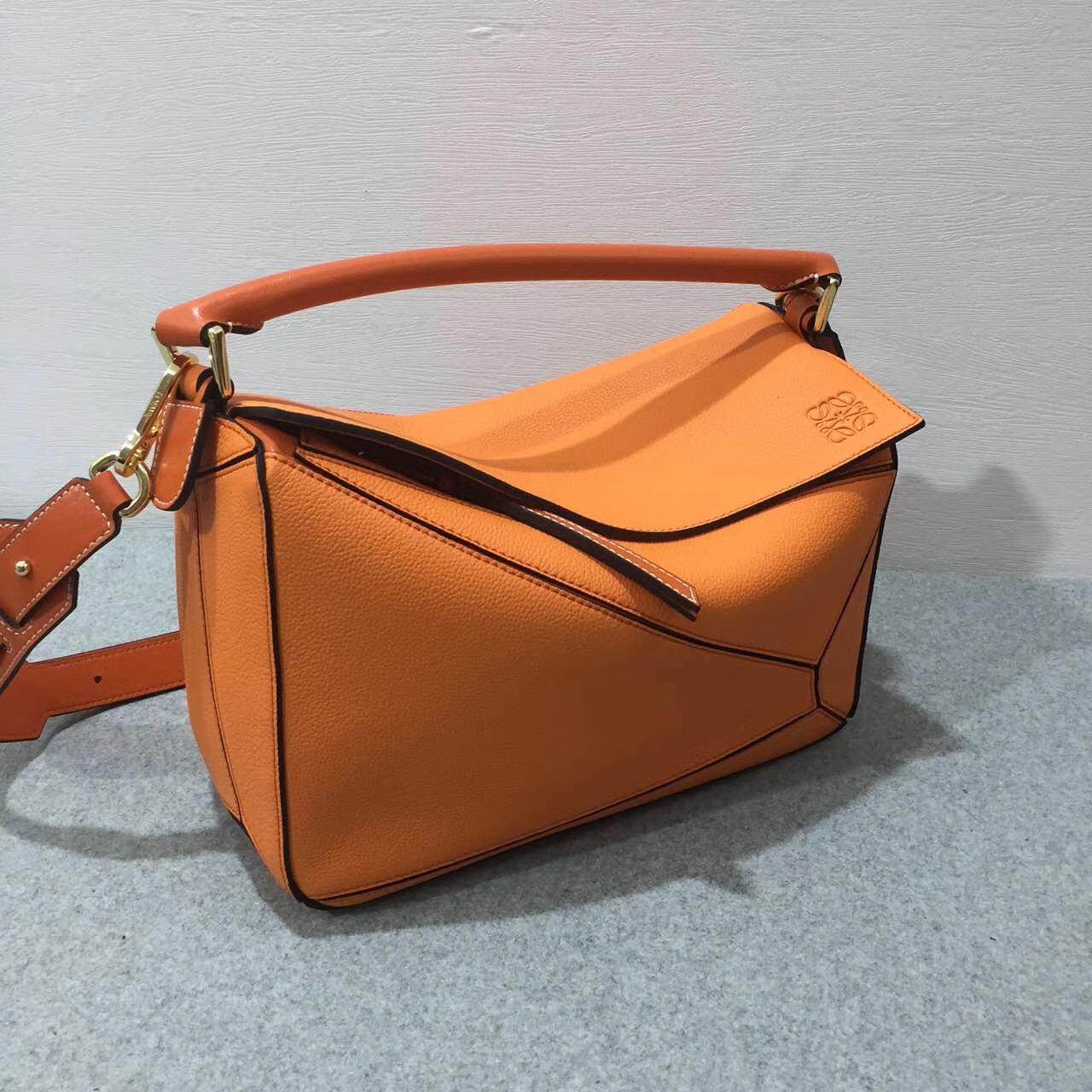 羅意威Loewe Puzzle Bag Apricot/Orange Soft Grained Calf/Calf