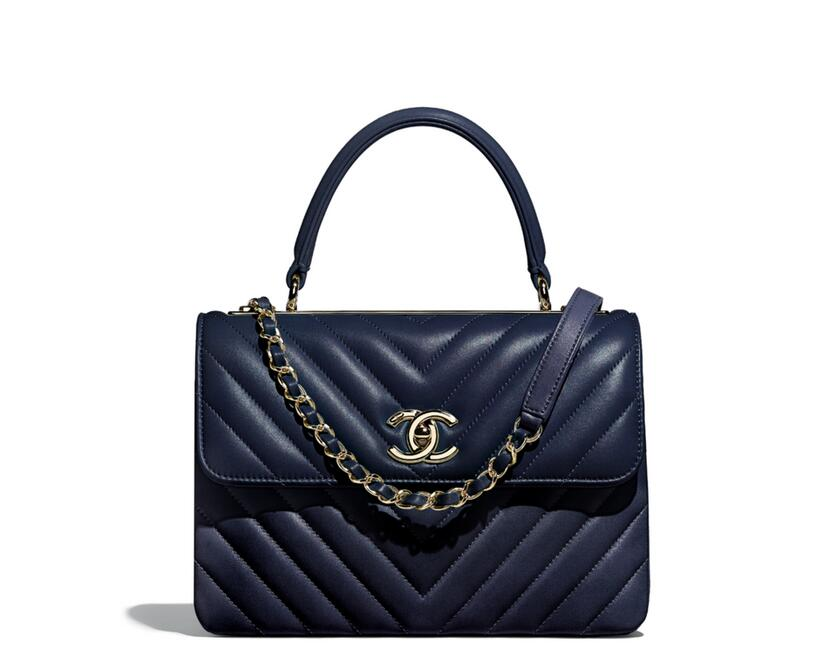 Chanel 2018早春度假系列 海軍藍色羊皮 當季新款小號口蓋包配以手柄