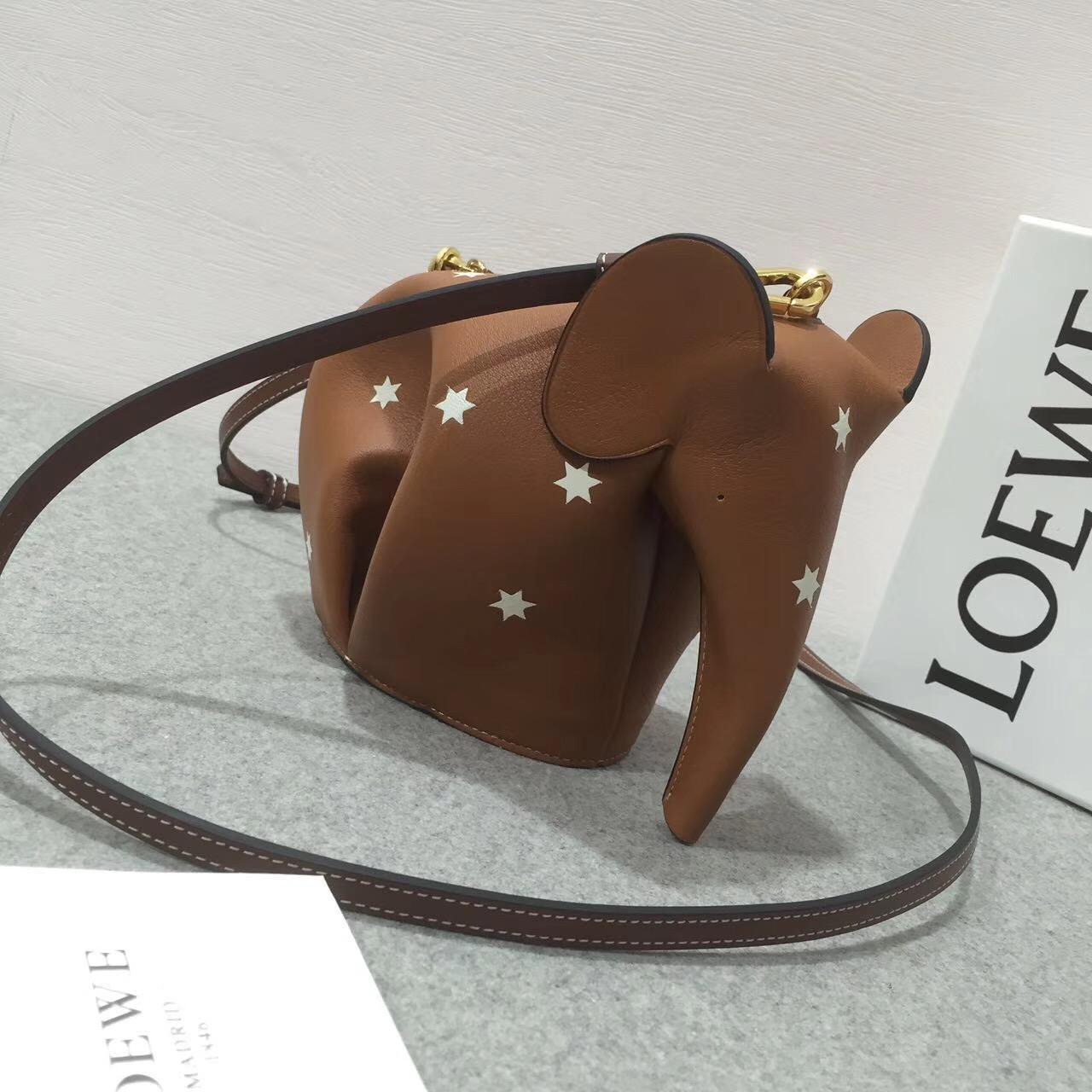 Loewe Elephant Mini Bag Silver 棕色配白色星星 小牛皮
