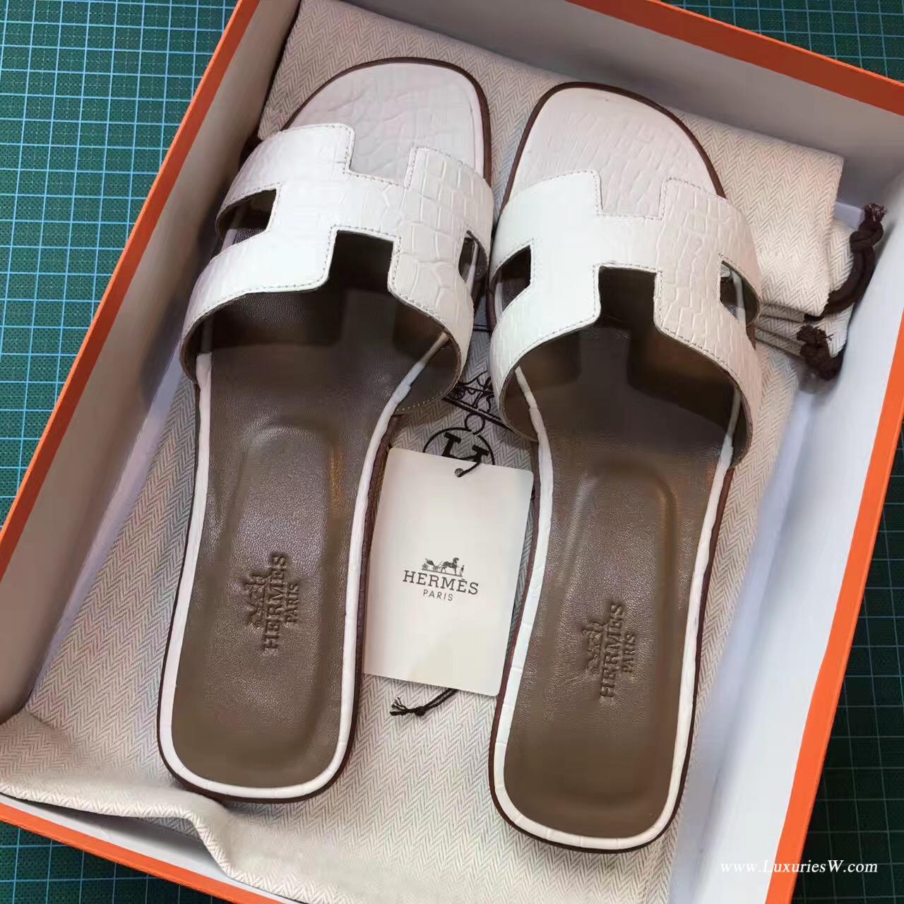 愛馬仕Hermes 女士涼鞋 H型拖鞋 鱷魚霧面White純白色 平底涼拖鞋