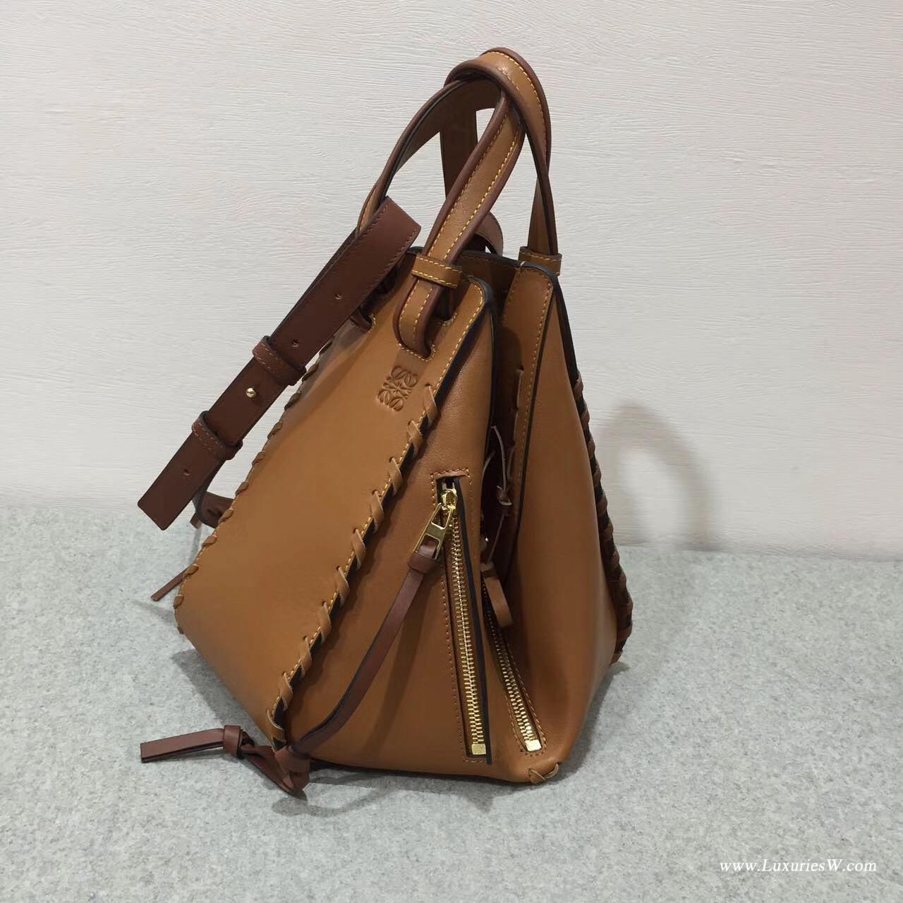羅意威LOEWE女包 Hammock Bag 秋冬編織系列棕色 吊床折疊拉鏈手提袋