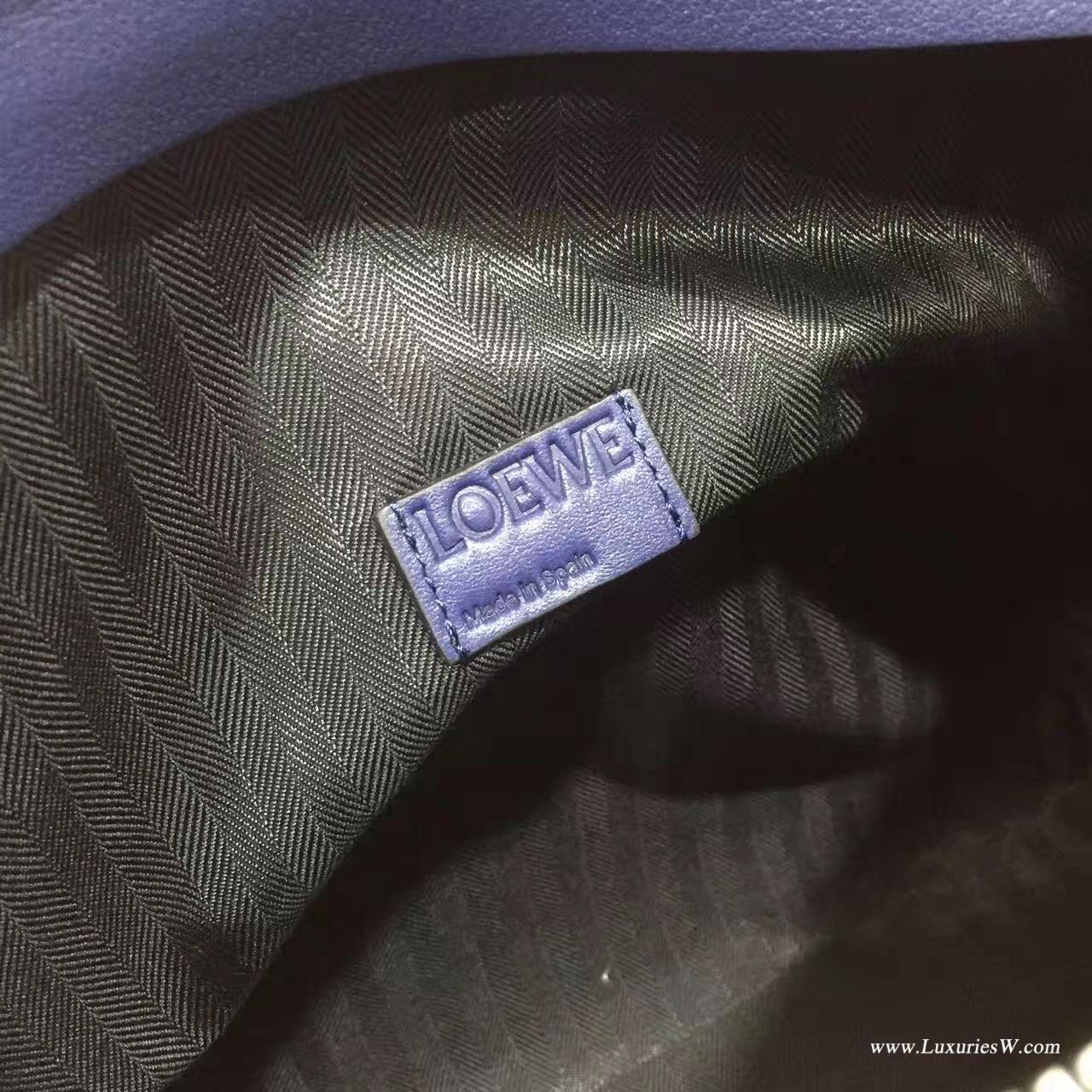 LOEWE羅意威經典小牛皮革 T 信差包海軍藍 T型側邊結構