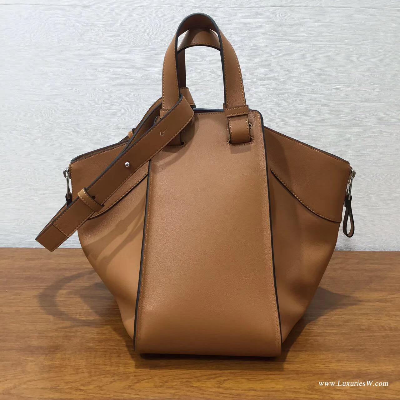 Loewe羅意威进口的柔軟小牛皮 Hammock  bag 大號棕褐色