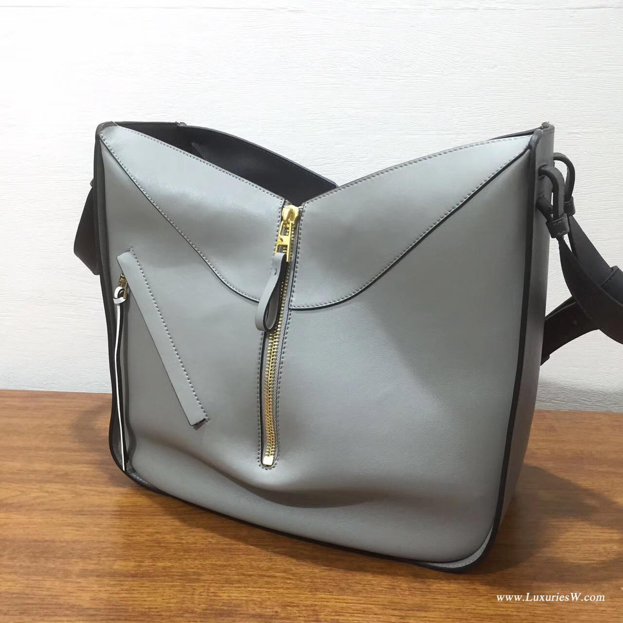 Loewe羅意威進口的柔軟小牛皮 hammock  bag Grey Multitone