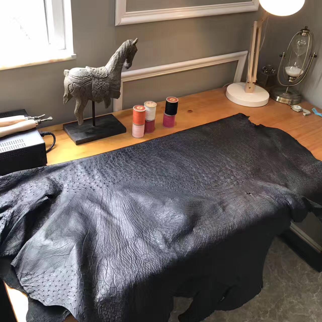世界上最名貴的優質皮革鴕鳥皮 愛馬仕 CK 89 Nior黑色