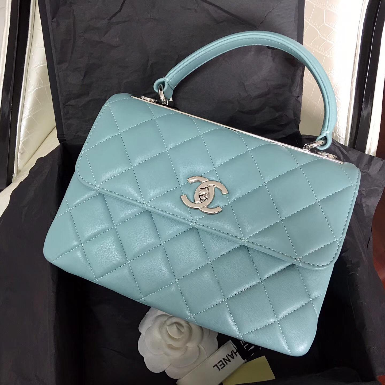 小香女包 配以手柄 Salzburg Bag 蓝色羊皮口蓋包