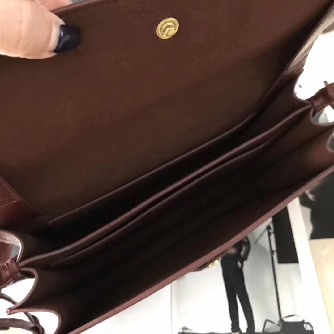 YSL NOE SAINT LAURENT crossbody bag in cognac shiny leather駱駝色