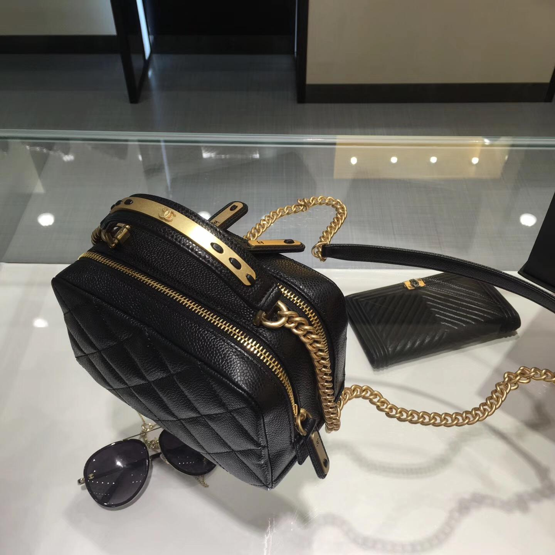 Chanel bowling bag 保齡球包進口原廠 黑色小牛皮魚子醬紋
