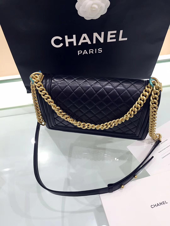 Chane.中號Large Le boy bag handbag 28cm口蓋包 黑色小羊皮 金色金屬