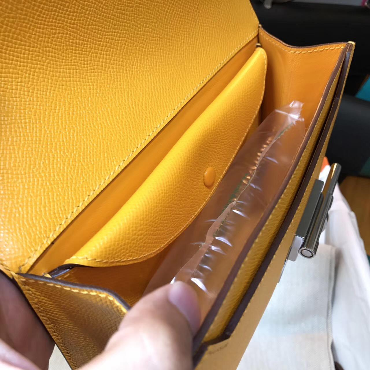 Hermes Verrou 手包 又叫手槍包插銷包 9V Jaune Dor 太陽黃色 Epsom 銀色金屬