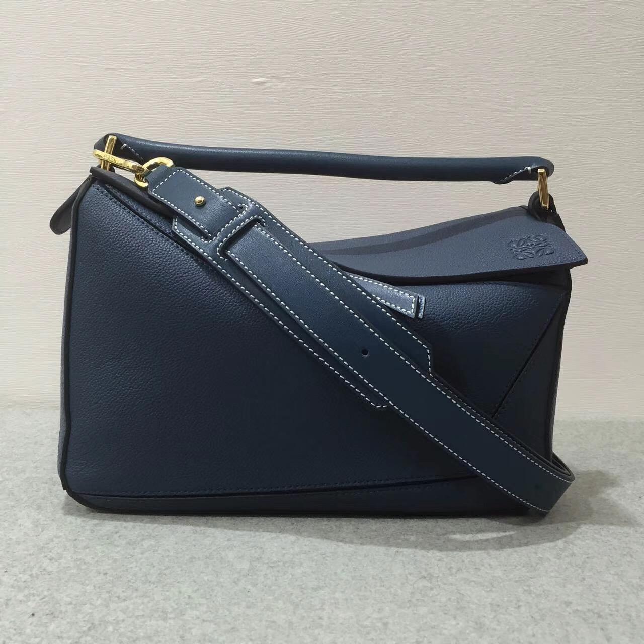 Loewe羅意威中號幾何包 Puzzle Bag 顆粒小牛皮靛蓝色