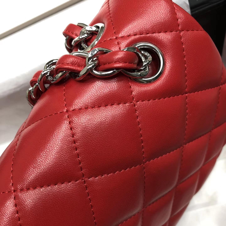 Chane. Classic Flap Bag A58600大號經典口蓋包 红色小羊皮金色