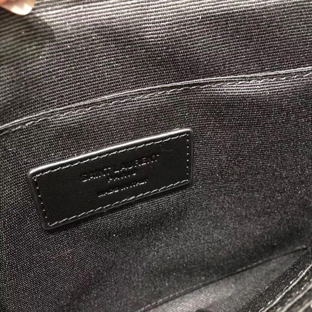Saint Laurent 徽章拉鏈手包 鉆石卡包 鯊魚頭卡包兼零錢夾