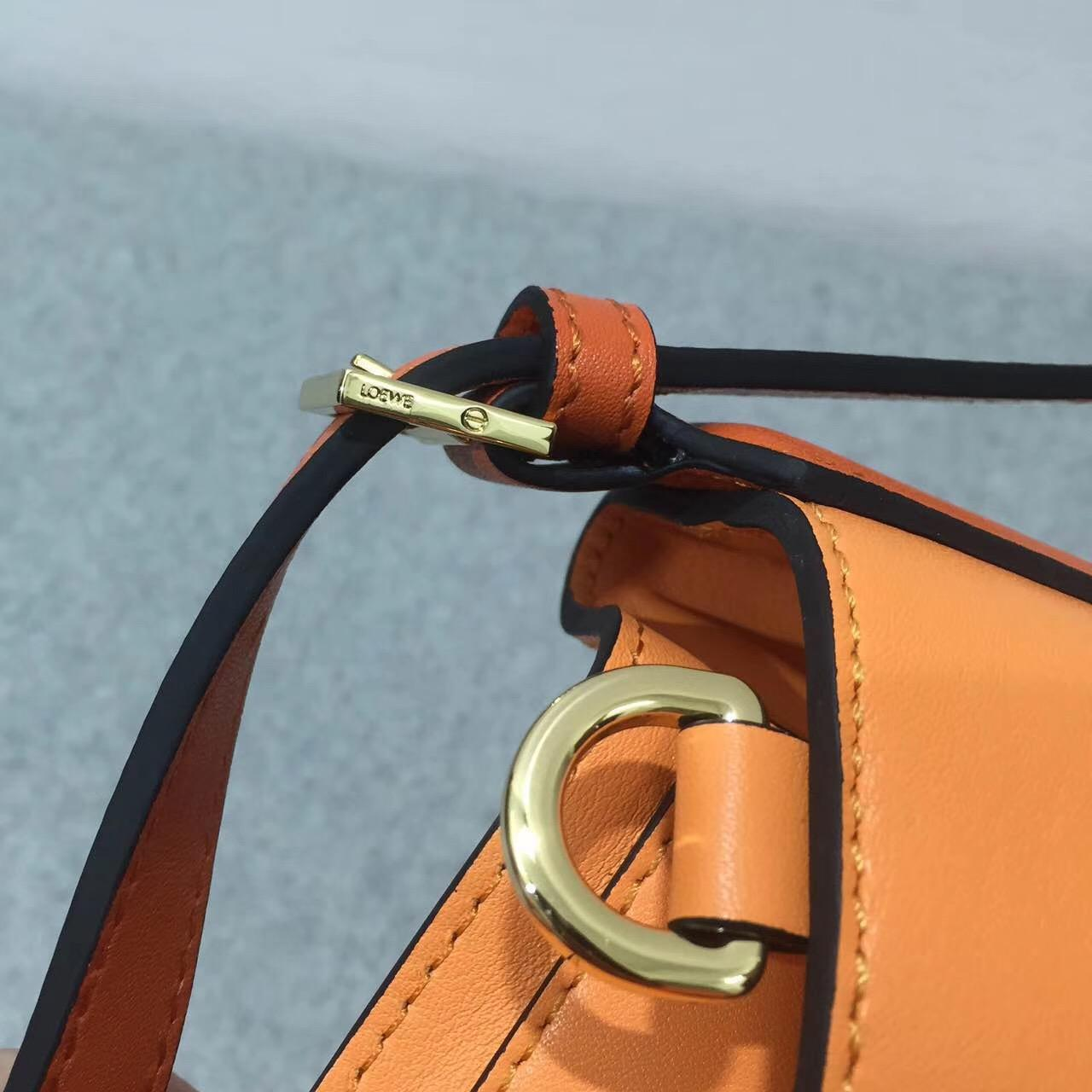 Loewe羅意威Midnight Bag Apricot/Orange Midnight水桶包手袋