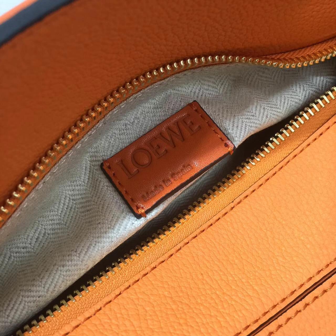 Loewe羅意威小號幾何包 Puzzle Small Bag Apricot/Orange 顆粒小牛皮