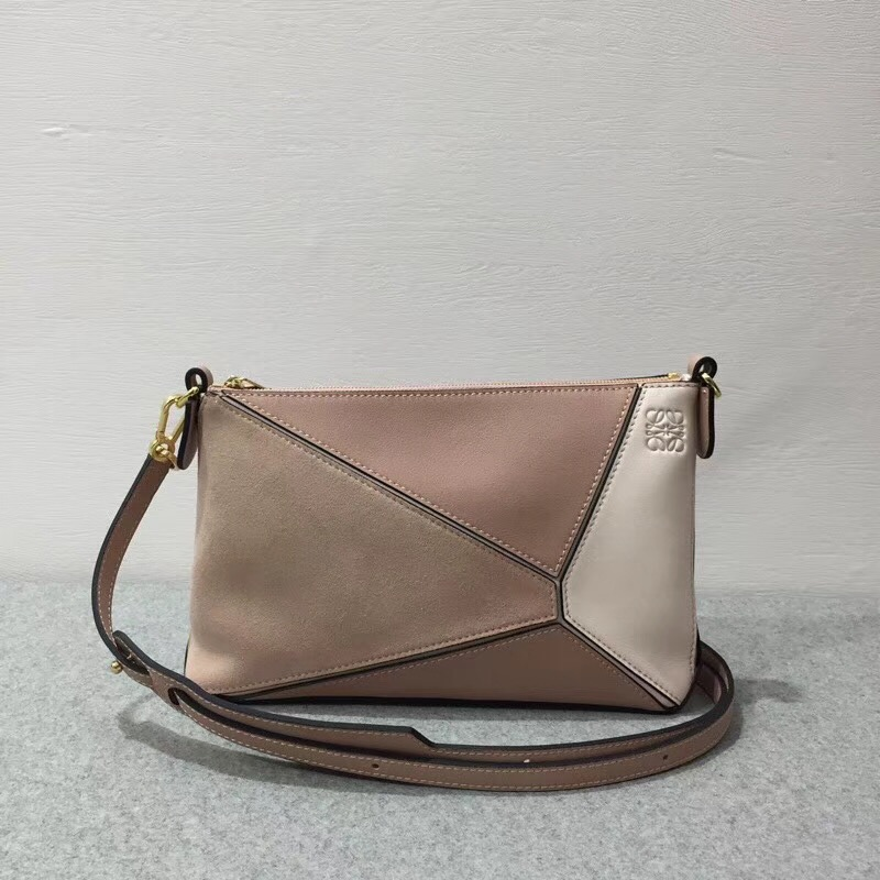 LOEWE罗意威 Puzzle Pochette Bag Blush Multitone