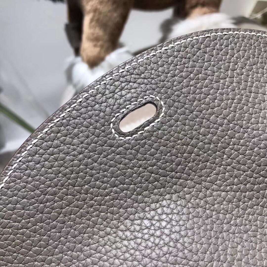愛馬仕Hermes具名媛風的包袋 Lindy togo 30cm 深灰色 金扣