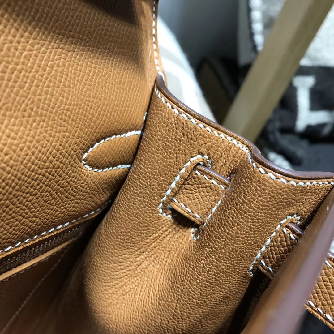 Hermes 凱莉包Kelly 28cm Epsom CK37 Gold金棕色 銀扣金屬外縫