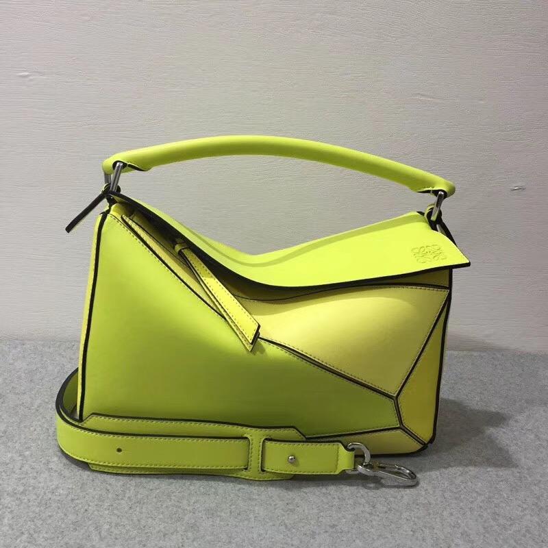 Loewe的明星包經典小牛皮精制而成 Puzzle Bag yellow multitone