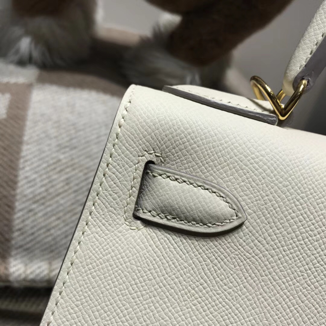 Hermes Kelly 28cm Epsom CC10 Craie 奶昔白外縫 金扣 素色系列首選
