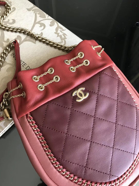 2018春夏系款 小香鏈條小豬包 最新網紅流蘇包 進口红色小羊皮