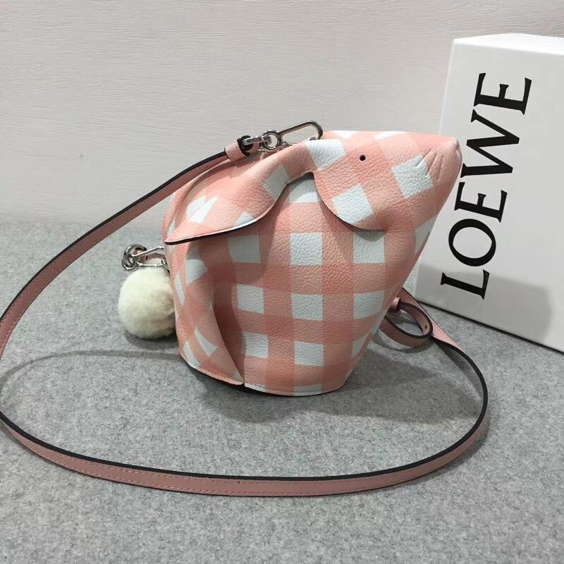 Loewe 兔子形狀迷妳包小格紋 Bunny Gingham Mini Bag Salmon