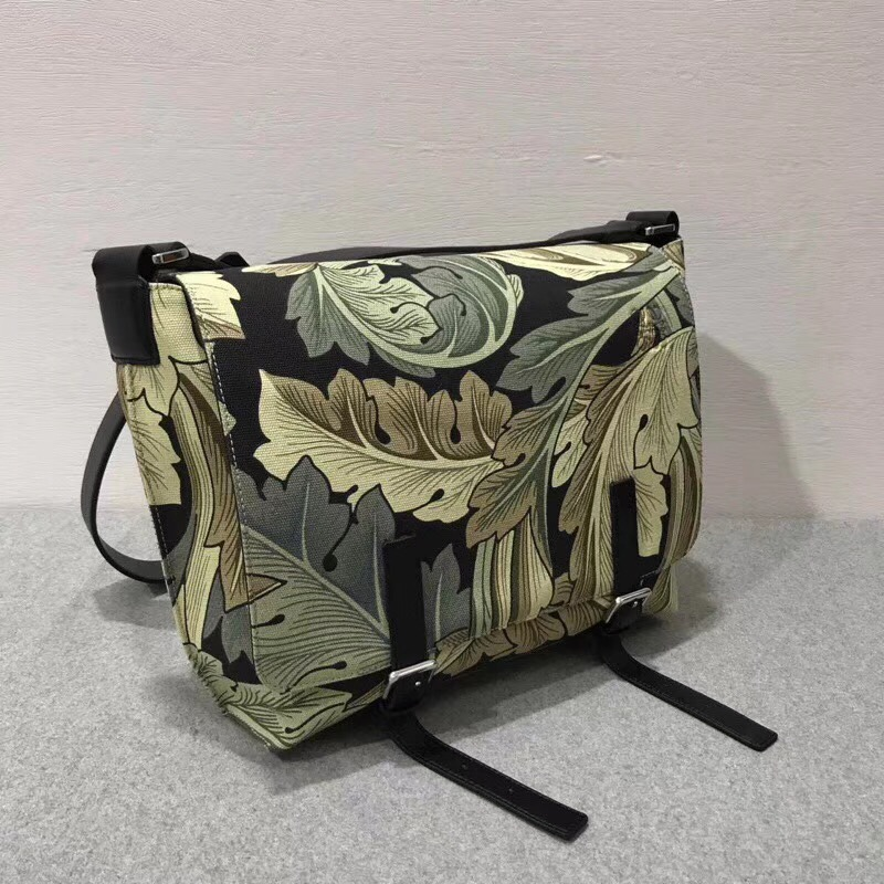 Loewe信使袋 Milit Messenger Small Camo Bag Green Multitone