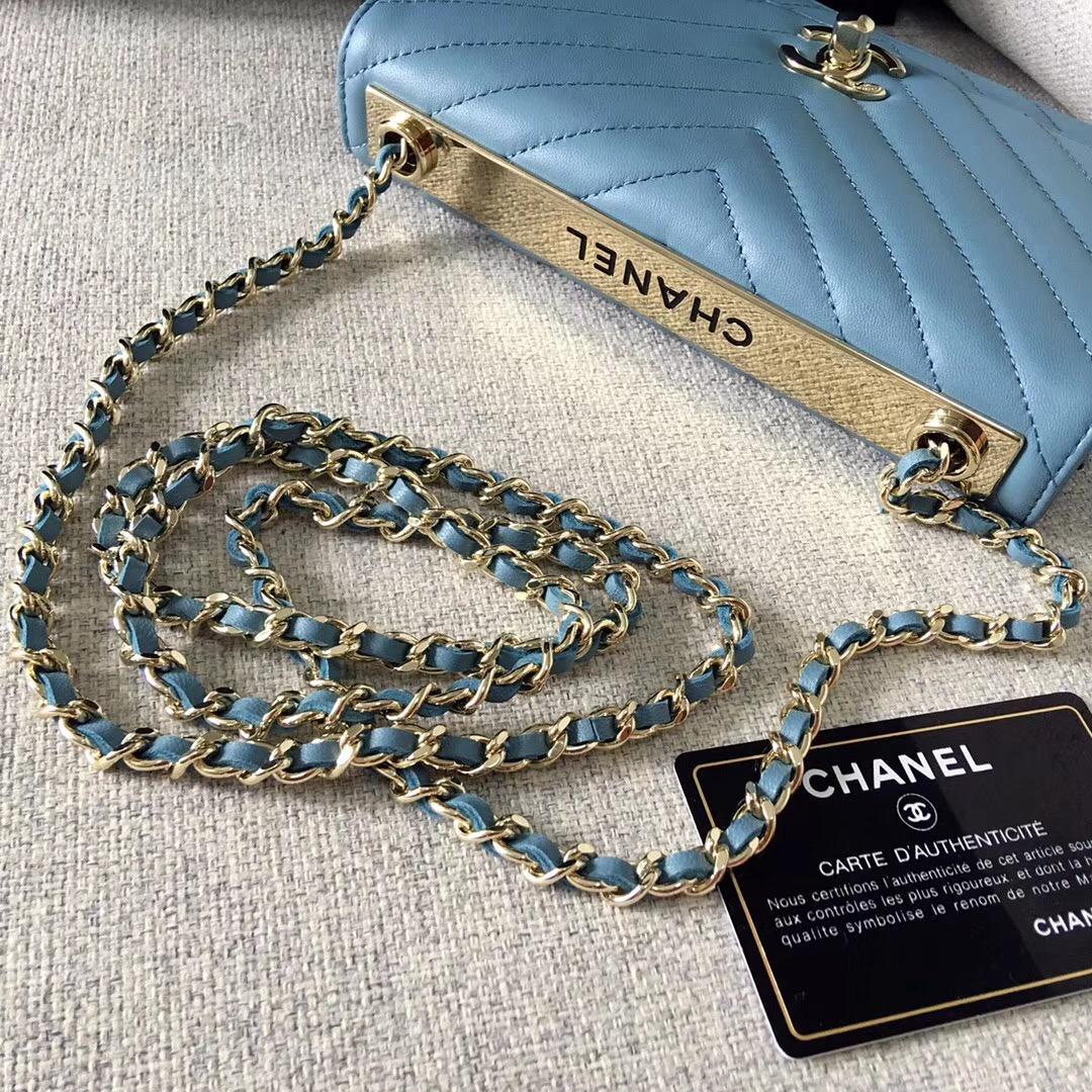 小香2018年款的新woc 鏈條小包 發財包 霧霾藍羊皮革與全鋼金色金屬