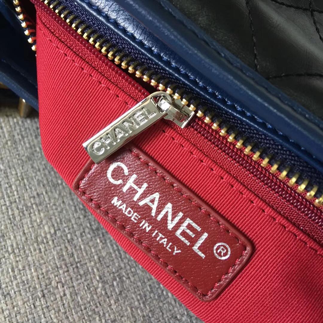 2018最新顏色黑配藍色復古小牛皮 香奈兒Chane Gabrielle流浪包小號