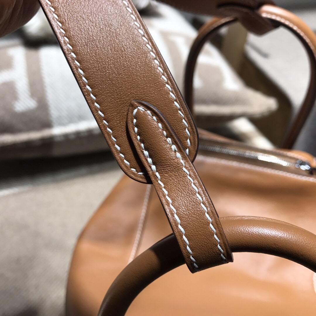 愛馬仕琳迪包Hermes Lindy bag 26 Swift calfskin CK37金棕色
