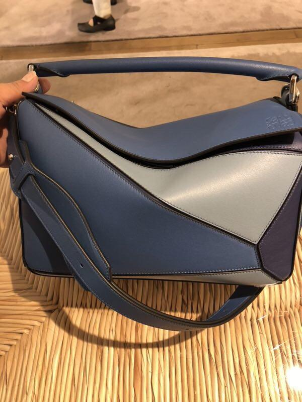loewe 經典小牛皮 Puzzle Bag Varsity Blue Multitone
