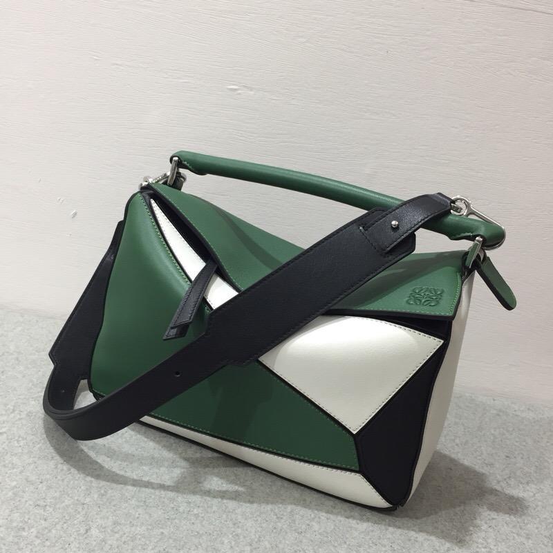 羅意威包包香港官網 Loewe Puzzle Bag Forest Green/White/Black