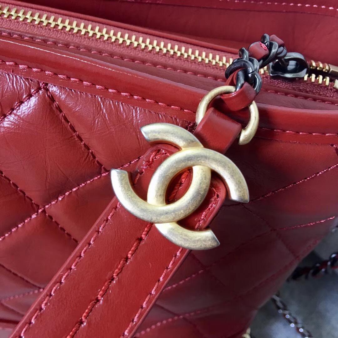 香奈兒Chane Gabrielle流浪包中號 锈红色復古小牛皮、光滑小牛皮