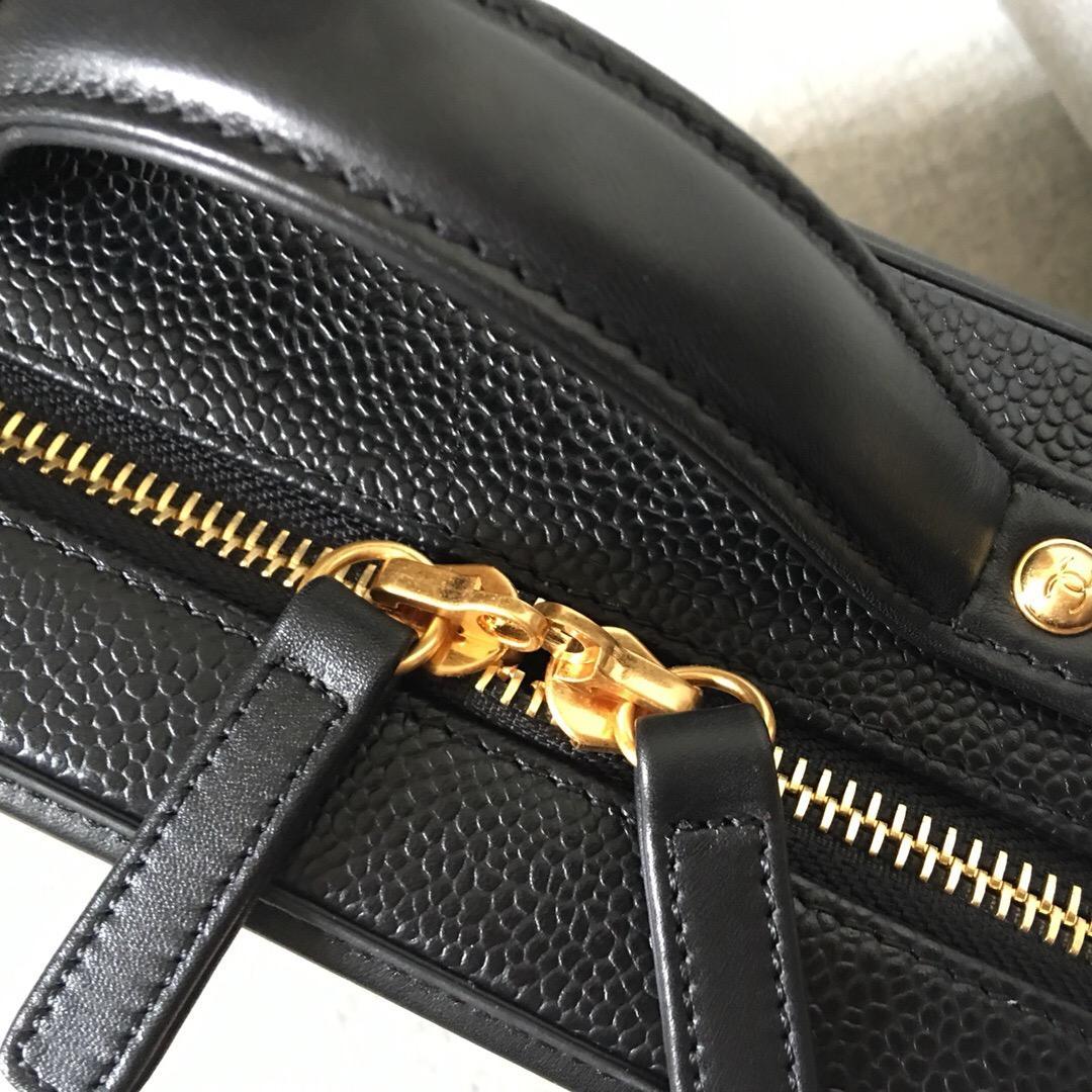 香奈兒Vanity Case bag 黑色顆粒壓花球紋小牛皮 中號化妝包