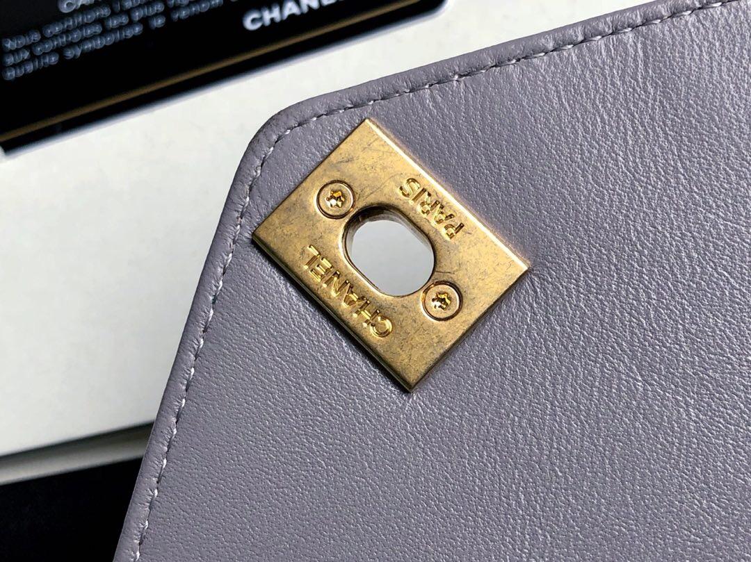香奈兒信封包 2018新款口蓋包 大號灰色 原廠進口小羊皮與金色金屬