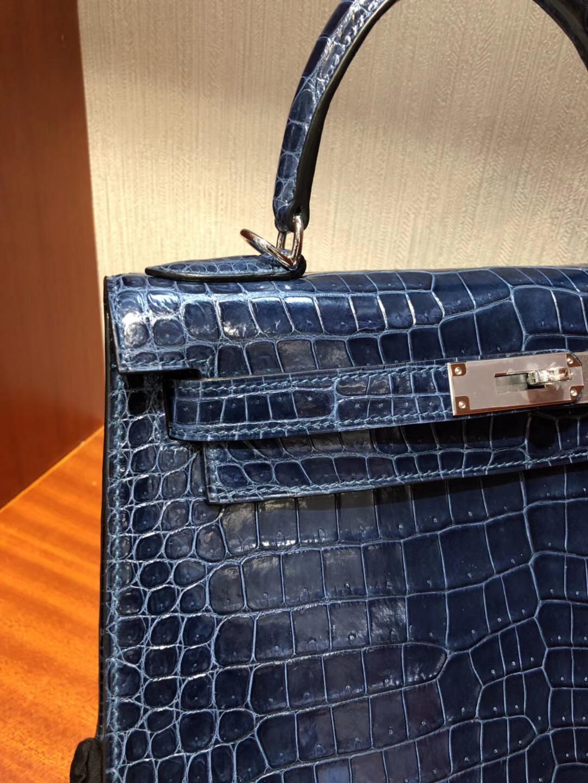 愛馬仕凱莉包價格Hermes Kelly Bag 28亮面倒V澳洲灣鱷CK73寶石藍銀扣