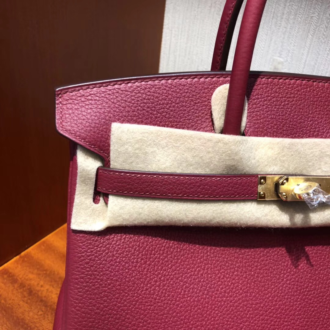 新加坡最大的愛馬仕售賣店 鉑金包圖片Hermes Birkin 25 k1石榴紅 Togo皮 金扣