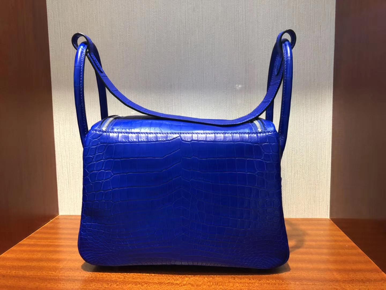 加拿大愛馬仕卡爾加裏專賣店Hermes Lindy琳迪包 26 7T電光藍 霧面鱷魚皮 銀扣