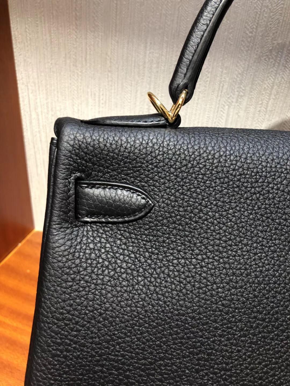 愛馬仕凱莉包細節圖Hermes Kelly 28cm CK89黑色Togo小牛皮 金扣