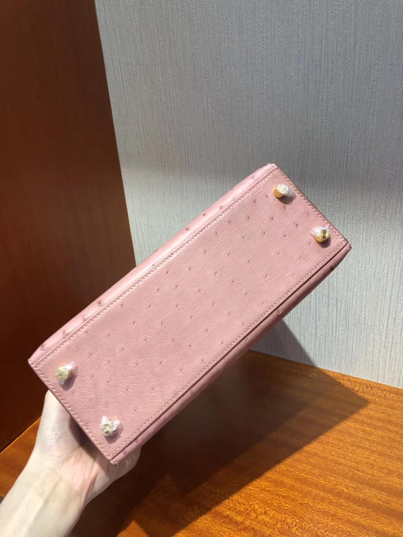 愛馬仕吉隆坡機場專賣店Hermes Kelly 25cm 南非鴕鳥皮 cc94陶瓷粉 金扣