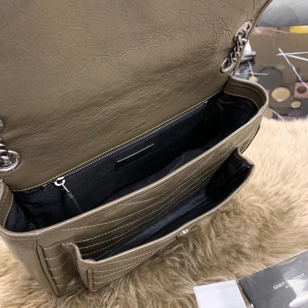 聖羅蘭香港官網 包包圖片價格 YSL 卡其色 中號NIKI褶皺絎縫真皮鏈條翻蓋包