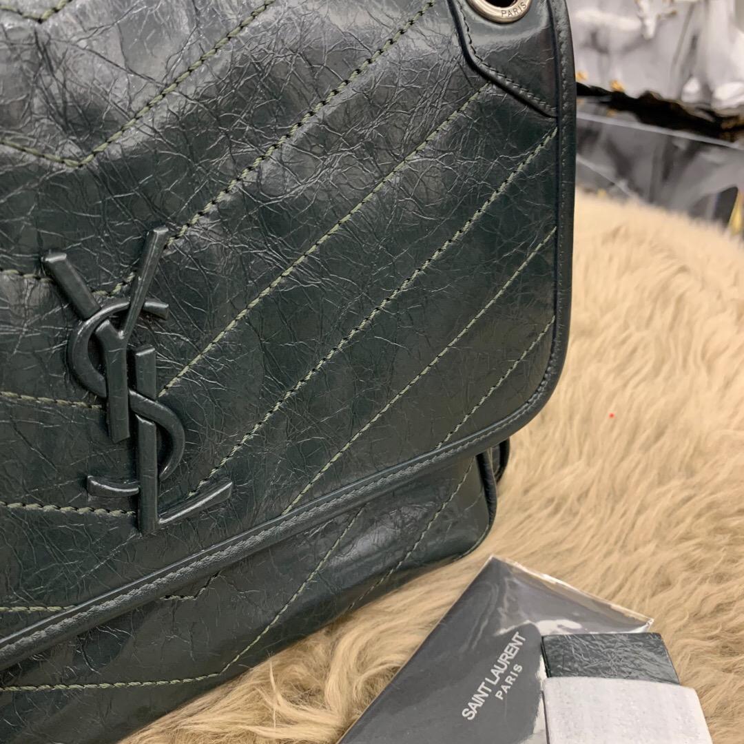 聖羅蘭官網包包圖片價格 YSL 深墨綠 中號NIKI褶皺絎縫小牛皮真皮鏈條包